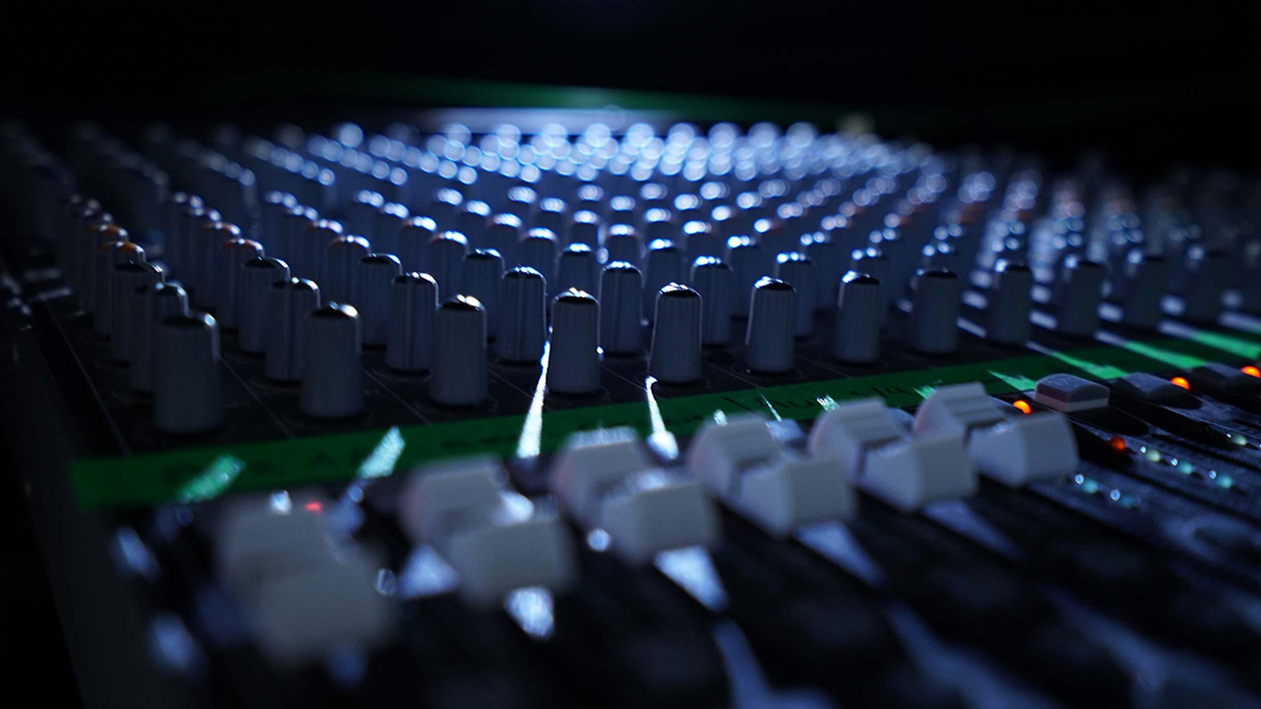 Regie multicam - console son
