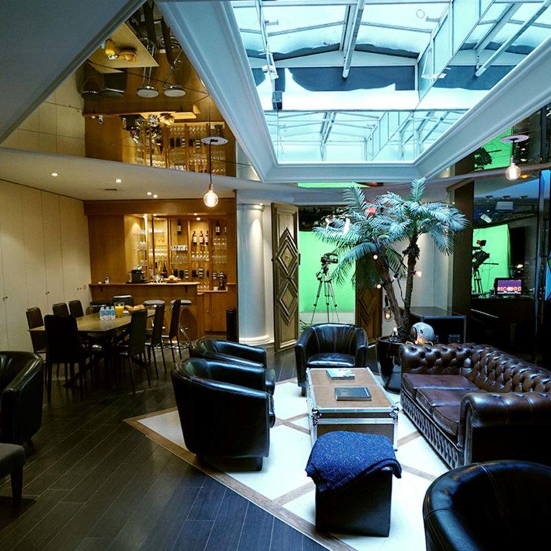 Espace d'accueil lounge - Videology Studio