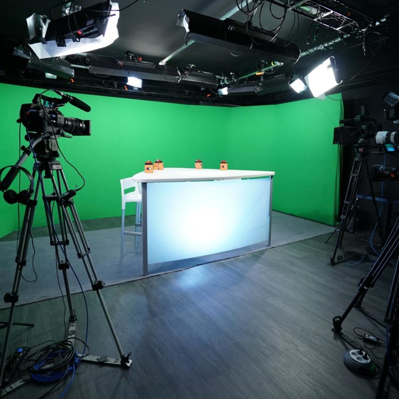 Plateau talk fond vert - Paris - Videology Studio