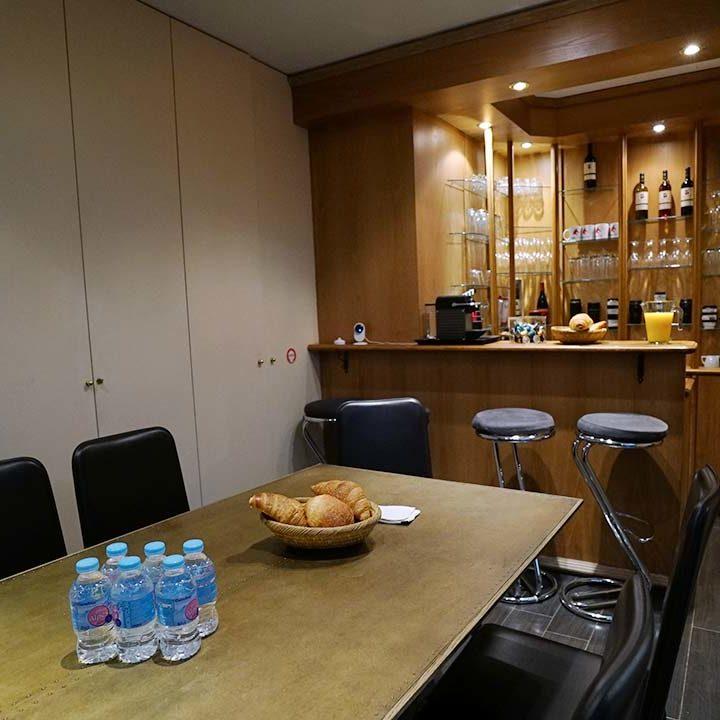 Coffee & French pastries - video studio in Paris - Videology Studio