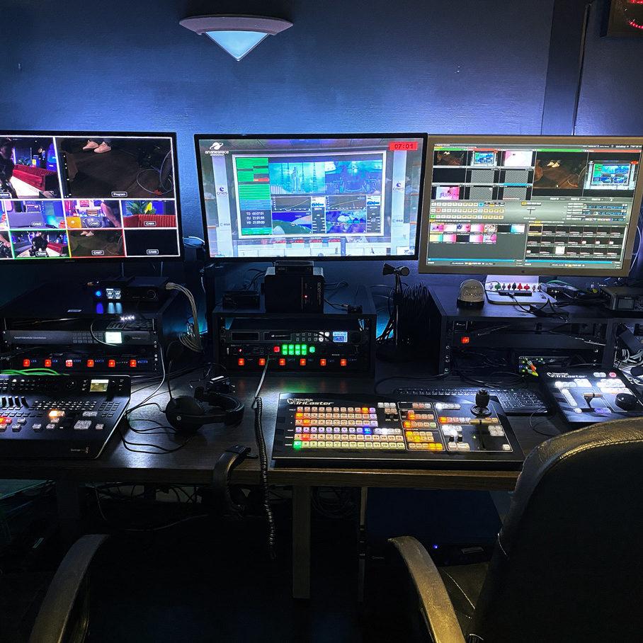 Full servie live broadcasting studio in Paris - Videology Studio
